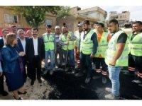 Fatma Şahin Oğuzeli'ndeki asfalt çalışmalarını inceledi