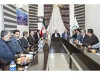 Vali Zorluoğlu, Hoy Belediyesi şura üyeleriyle bir araya geldi