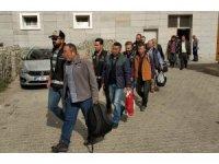 FETÖ'den gözaltına alınan 9 şahıs adliyede