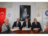 İzmir Ekonomi Üniversitesi ile EGİAD arasında eğitimde iş birliği