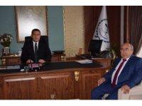 Lapseki'de 19 Ekim 'Muhtarlar Günü' kutlamaları