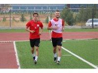 Karbel Karaköprü Belediyespor' da hedef galibiyet