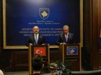 """Dışişleri Bakanı Çavuşoğlu, """"Çocuklarımızı teröristlere teslim etmeyelim. FETÖ bir terör örgütüdür"""""""