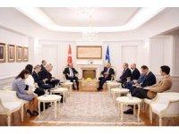 Bakan Çavuşoğlu, Kosova Cumhurbaşkanı Thaçi ile görüştü