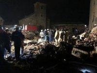 Havai fişek fabrikasındaki patlamada ölü sayısı arttı