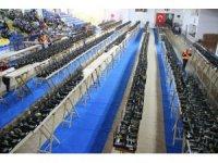Dünyanın en büyük kanarya yarışması Edremit'te başladı