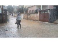 İslahiye'de yağmur etkili oldu