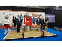 Avrupa Şampiyonu olan Sümeyye Aydın'ı gururlandırdı