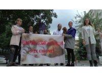 Kozyatağı'nda sokak hayvanları  artık esnafa emanet