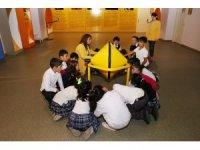 Evrensel Değerler Çocuk Müzesi'ne çocuk akını