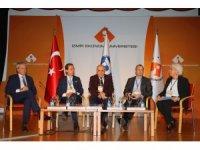 İzmir Ekonomi Üniversitesi'nde İngilizce çalıştayı
