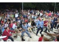 Hassa'da büyükler yarıştı, küçükler alkışladı