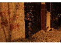 Gaziosmanpaşa'da dev operasyon: 40 gözaltı