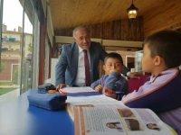 Başkan Özkan Millet Kıraathanesini ziyaret etti