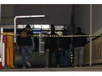 Sultangazi'de otoparkta bulunan araçta arama çalışmaları tamamlandı