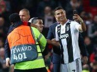 Ronaldo, Manchester United karşısında gönülleri fethetti