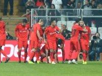 Beşiktaş, Rizespor'a patladı
