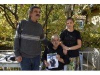3 ay önce kaybolan eşi için evinde gece-gündüz nöbet tutuyor