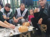 Haluk Levent işçilerle kahvaltı yaptı!