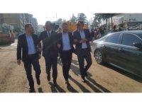 Başkan Seçen, İl Başkanı Yanar ve milletvekilleri asfalt çalışmasını yerinde inceledi