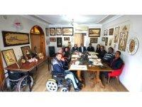 Engelli sanatçıların eserleri göz kamaştırıyor