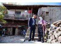 Ertürk'ten köylere ziyaret