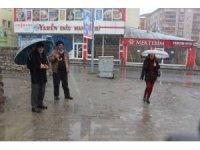 Ağrı'da 12 köy yolu kapandı