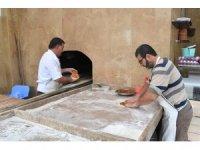Adıyaman Üniversitesi fırınında yöresel kültür yaşamaya devam ediyor
