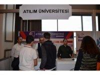 Atılım Üniversitesi Trabzon'da stant açtı