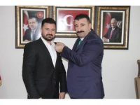 İzmir'de CHP'li meclis üyesi AK Parti'ye geçti