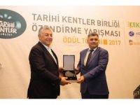 Tarihi Kentler Birliği'nden Eskigediz Belediyesi'ne ödül