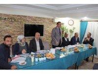 Ak Parti teşkilatı ile aday adayları tanışma toplantısı