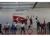 TVF Erkekler 1. Lig: Solhanspor: 3 - Sungurlu Bld: 0