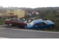 İki araç kanala uçtu: 1 yaralı