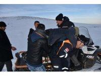 Muş'ta hayvanlarıyla mahsur kalan 15 kişi kurtarıldı