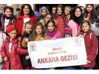 Cumhuriyet'i anlattılar Ankara'yı gezdiler