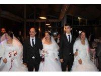 Avcılar'da resmi nikahı olmayan Romanlara, nikah kıyıldı