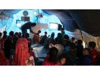 Suriye'de 200 bin çocuk çadırlarda eğitim görüyor