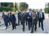 Genelkurmay Başkanı Orgeneral Güler Azerbaycan ve Türk şehitliklerini ziyaret etti