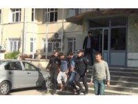 Polisten şafak operasyonu: 9 gözaltı