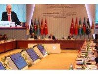 TBMM Başkanı Yıldırım'dan Türk devletlerine FETÖ uyarısı