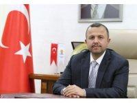 AK Parti'de oklar Menderes Türel'i gösteriyor