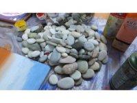 Deniz taşları tablo oluyor
