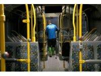 Toplu taşıma araçlarındaki temizlik çalışmaları aralıksız sürüyor