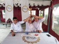 Antikkapı'nın genç şefleri madalyaları topladı