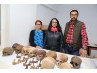 Alanya'daki mağarada 7 bin yıllık toplu mezar kalıntıları bulundu