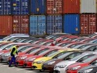 İhracat yüzde 13 arttı, ithalat yüzde 23.8 azaldı