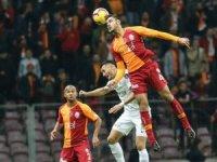 Inter, Ozan Kabak'ı izlemeye geliyor!