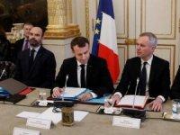 Macron, Sarı Yelekliler ile bir araya geldi