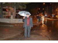 Afyonkarahisar'da şiddetli yağış etkili oldu